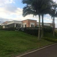 Se  Vende Espectacular casa Campestre en Pereira,  Sector Condina