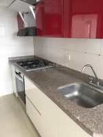 Para rentar, excelente apartamento recién remodelado