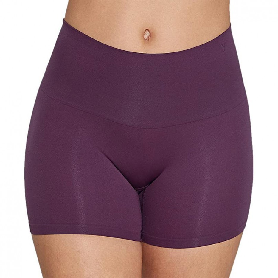 Yummie Comfortably Shaped Everyday Short M