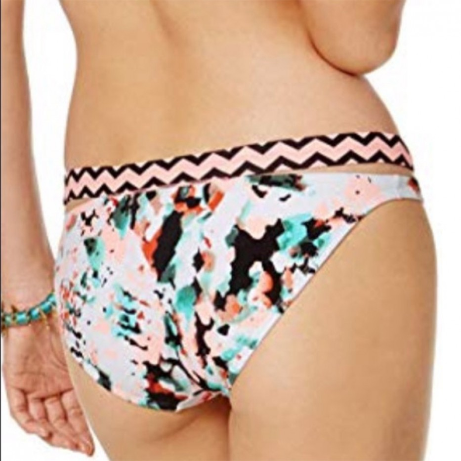 Hula Honey Low-Rise Hipster Bikini Bottom M