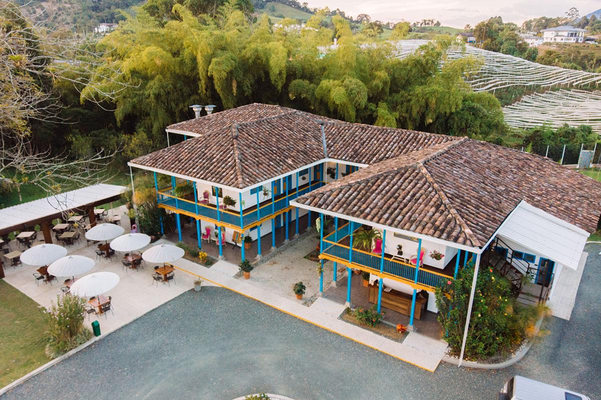 Pereira tu Destino - Hotel Hacienda Santa Clara
